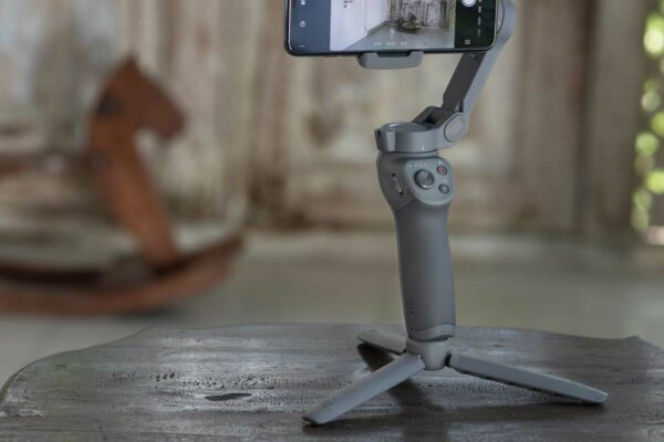 DJI Osmo Mobile 3 Grip tripod - www.dronedepot.be